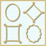 Gelbe Seilrahmen mit Schatten Satz gesponnene Grenzen mit Knoten und Ecken Dekorative Marineelemente vektor abbildung