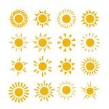 Gelbe Sommersonnen-Vektorsymbole Lizenzfreie Stockfotografie