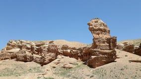 Gelbe Steinbildung an Sharyn Canyon-Landschaft in Kasachstan stockfotos