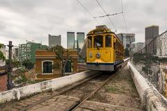 Gelbe Tram von Santa Teresa Stockfotografie