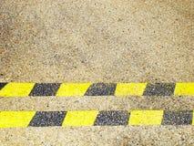 Gelbe und schwarze horizontale Zeilen Lizenzfreies Stockbild