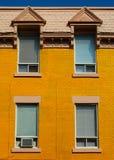 Gelbe Wand in Montreal Lizenzfreie Stockfotos