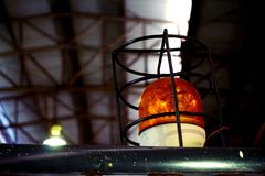 Gelbe warnende Lampe Lizenzfreie Stockbilder