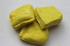Gelber birmanischer Tofubeschaffenheitshintergrund Stockbild