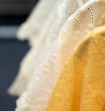 Gelber Designstoff Stockfoto
