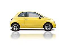 Gelber Fiat 500 neu Stockbild