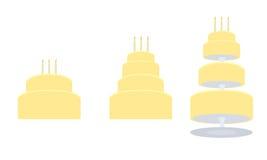 Gelber Geburtstagkuchen in drei Varianten Lizenzfreies Stockfoto