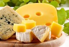 Gelber Käse Lizenzfreie Stockbilder