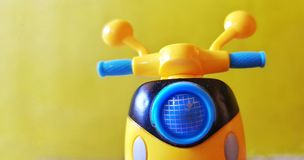 Gelber Roller Lizenzfreie Stockfotografie