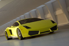 Gelber Sportwagen Lizenzfreies Stockfoto