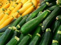 Gelber und grüner Zucchinikürbis Stockfotografie