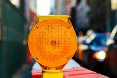 gelber Verkehrszeichen warningRoad Block Lizenzfreie Stockbilder