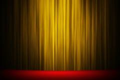 Gelber Vorhangstadiumstheaterstudio-Unterhaltungshintergrund stockbilder