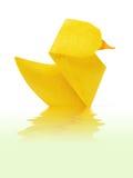 Gelbes Entlein des Origamis Stockfotografie