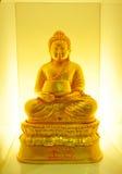 Gelbes Gold Buddhas Lizenzfreie Stockbilder