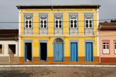Gelbes Haus im Sao Luis tun Paraitinga Stockbild