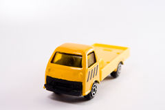 Gelbes LKW-Spielzeug Stockfotos
