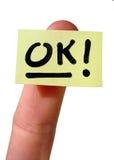 Gelbes notecard O.K. Lizenzfreie Stockfotografie