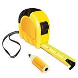 Gelbes Roulettemaß-Gebäudewerkzeug mit Bleistift Stockbild
