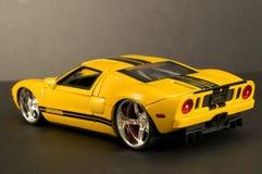 Gelbes Sportauto Stockbild