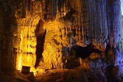 Gelbmuster Thien Cung Cave Heavenly Palace Cave Lizenzfreie Stockbilder