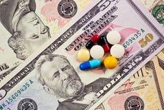 Geld auf dem pharmazeutischen Gebiet Lizenzfreie Stockbilder