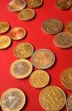 Geld auf Rot Lizenzfreies Stockfoto