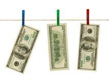 Geld auf Wäscheklammern