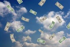 Geld, das vom Himmel fällt Stockfotos