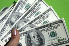 Geld in de hand Royalty-vrije Stock Afbeelding
