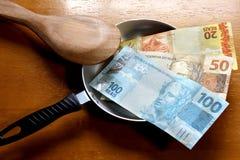 Geld in de pot Royalty-vrije Stock Fotografie