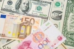 Geld der Welt stockbild