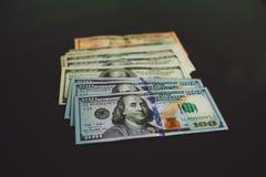 Geld $100 dollarbankbiljet Stock Foto