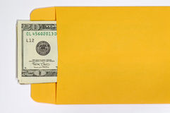 Geld in een Envelop Royalty-vrije Stock Afbeeldingen