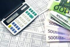 Geld en calculator Royalty-vrije Stock Afbeelding