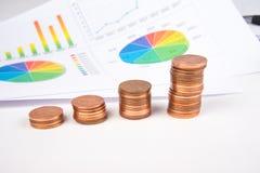 Geld en Grafiek Royalty-vrije Stock Fotografie