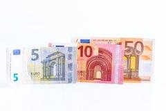 Geld, Euro geïsoleerde munt (EUR) rekeningen Stock Afbeeldingen