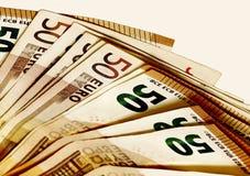 Geld Fünf, 10 und fünfzig Eurobanknoten Hundert Rechnungs-Bargeld Lizenzfreies Stockbild