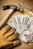 Geld für Gebäude-Erneuerung Stockbilder