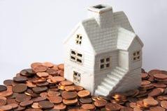 Geld für Haus Lizenzfreie Stockbilder