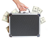 Geld falls in der weiblichen Hand lokalisierte Stockbild