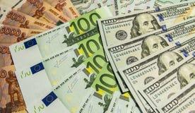 Geld heraus verbreitet wie ein Fan Stockfotos