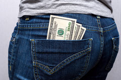 Geld in Ihrer Tasche Lizenzfreies Stockfoto