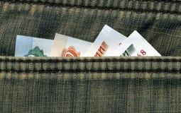 Geld in Ihrer Tasche Stockfoto
