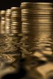 Geld im Wasser Stockbilder