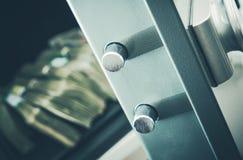 Geld im Wohnsafe Stockbilder