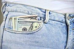 Geld in Jean Pocket Royalty-vrije Stock Afbeeldingen