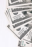 Geld op houten lijst Stock Afbeelding