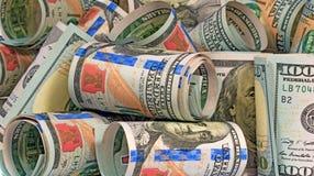Geld schloss in Rollen Vertrag ab Lizenzfreie Stockfotos