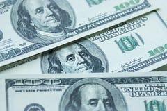 Geld-Stapel $100 Dollarscheine Lizenzfreie Stockfotos